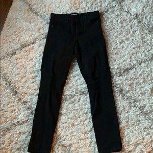 Black skinny jeans 2R for regular length